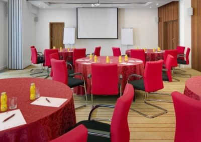 Meeting Room in Banquet Style