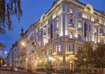 Mamaison Hotel Riverside Prague_Exterior night_1360x680